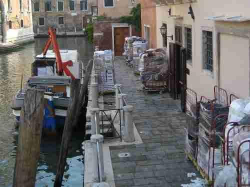 Venice Italy groceries unloaded,pallets unloaded Venice Italy