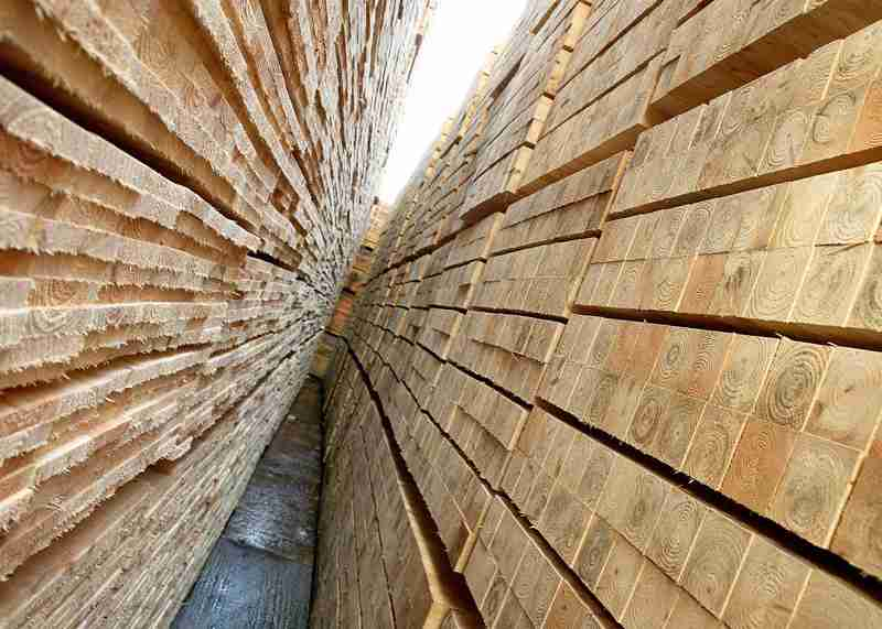 pallet and packaging Pallets • pallet collars • boxes • crates • cable drums • tailor made packaging • light packaging • barrels wooden packaging include.