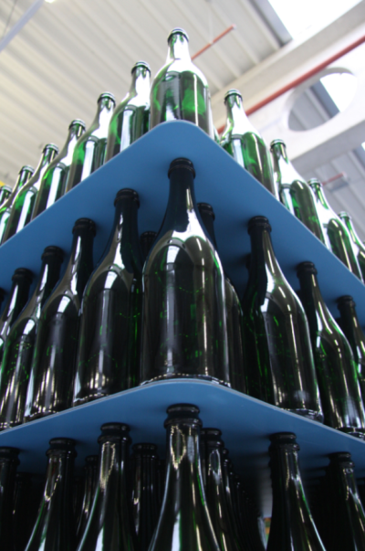 Consumers are used to seeing plastic trays and other durable reusable packaging at retail, and additionally, layer pads, top frames and other systems are deployed o the inbound side of beverage production.