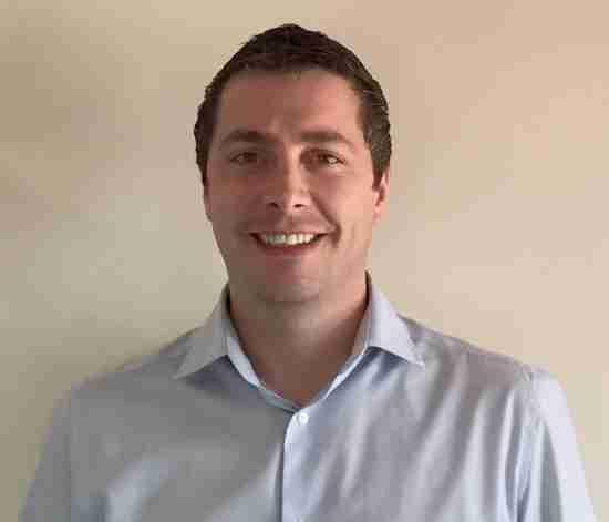 Tom Lee, Project Sales Manager for Goplasticpallets.com