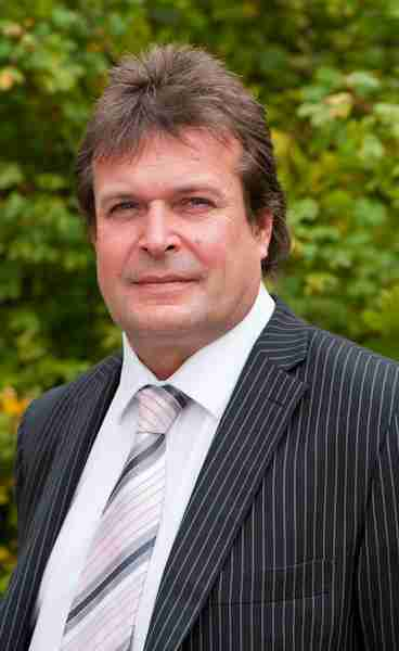 John Dye lr