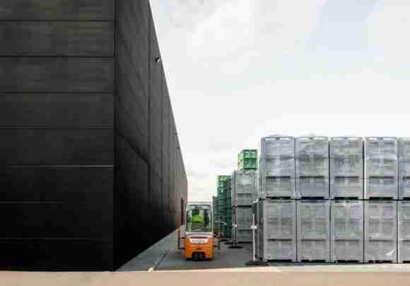 Schoeller Allibert containers