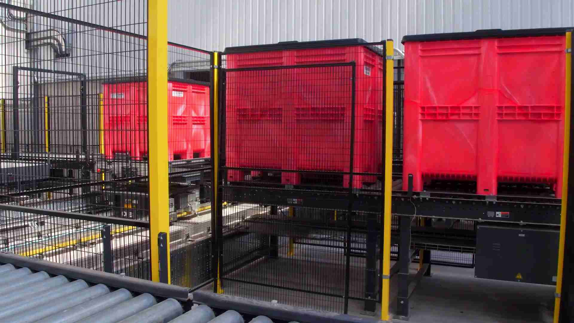 Goplasticpallets.com's plastic pallet boxes in use at GA's new automated facility.2