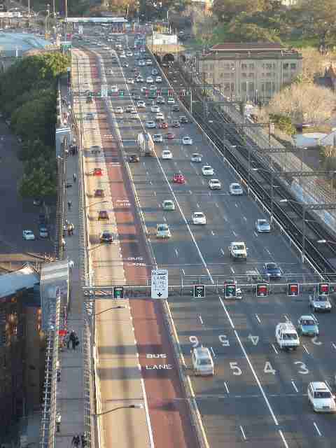 harbour bridge traffic