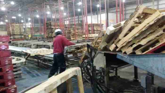 wooden pallet recycled e1606942093590