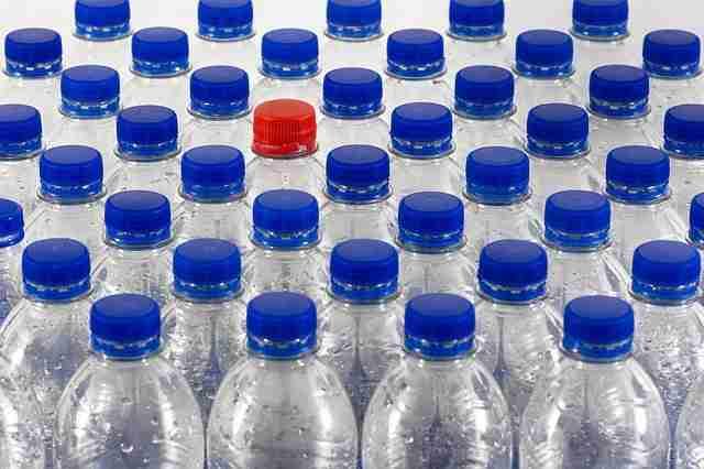 bottles 4251473 640