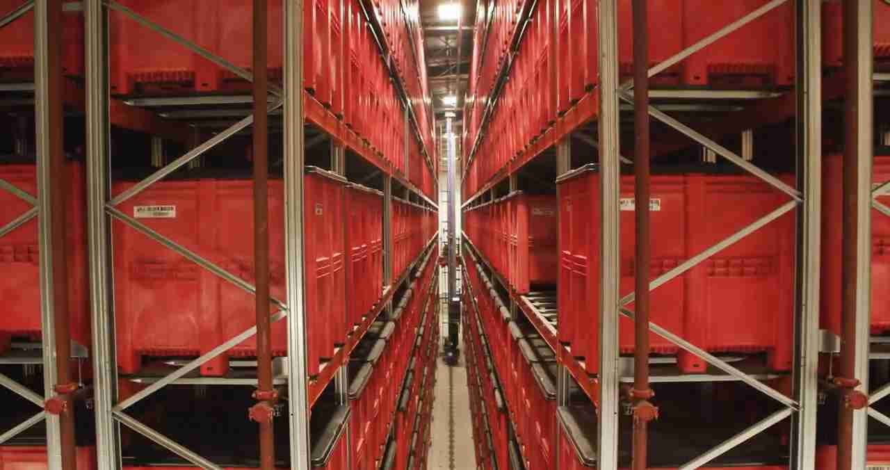 In the Pantry the storage of bulk ingredients is managed in a controlled environment.